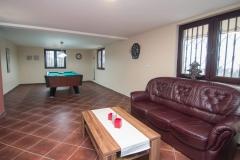 Relax apartmani Tara - bilijar sala (3)