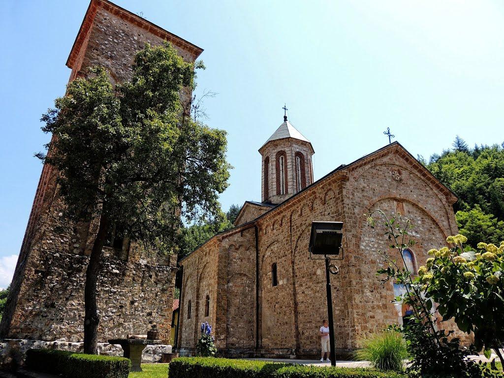 Manastir Raca